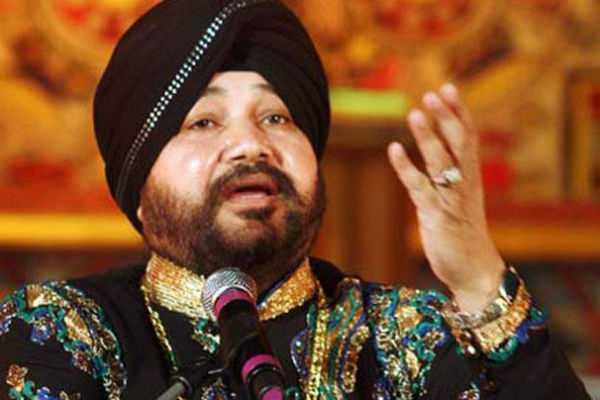 punjabi-singer-daler-mehanthi-joins-bjp