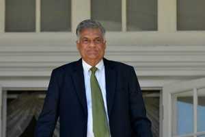 suicide-attackon-srilankan-prime-minister-residence