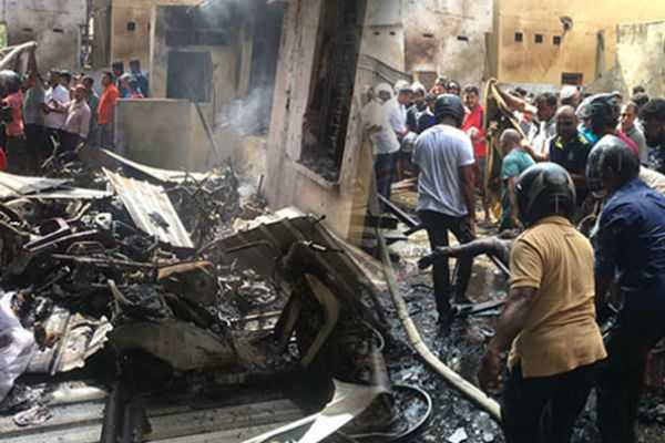 blast-in-sri-lanka-15-dead