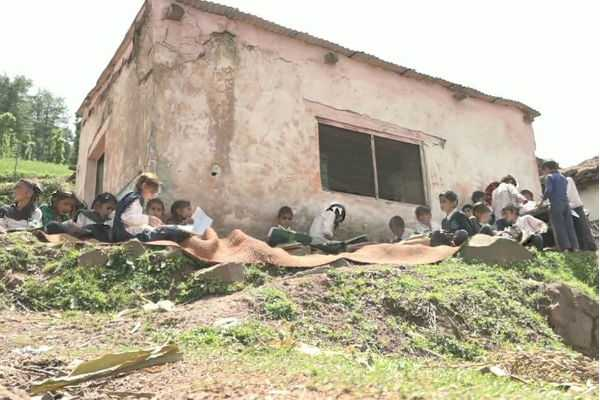 school-under-open-sky-in-jammu
