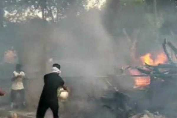 fire-breaks-out-at-a-chemical-factory-in-delhi