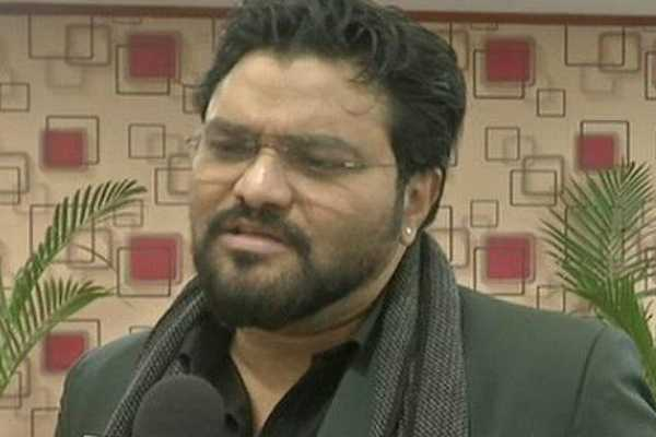 ec-orders-fir-against-babul-supriyo-for-trespassing-into-poll-booth