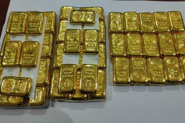 gold-bars-worth-rs-3-crore-recovered-from-technician-at-trivandrum-international-airport