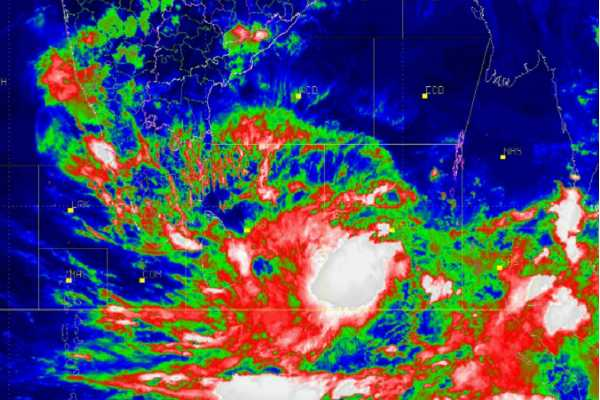 odisha-kerala-on-high-alert-as-cyclone-fani-set-to-intensify-into-very-severe-storm