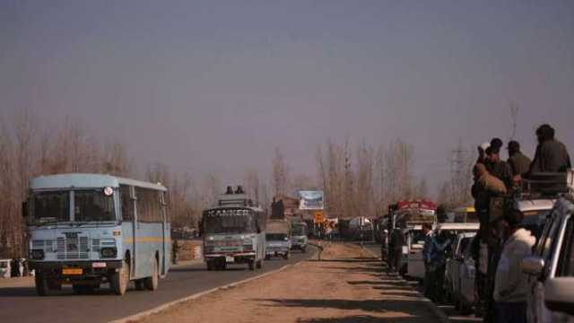 curbs-on-civilian-traffic-lifted-northern-part-of-nh-44-thrown-open