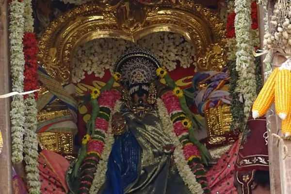 srirangam-renganathar-temple-function