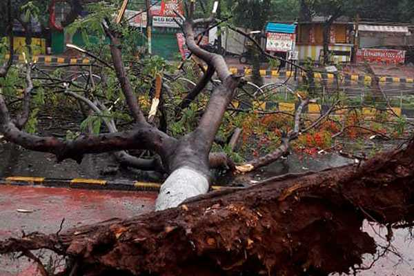 cyclone-fani-crossed-the-odisha-shore-area