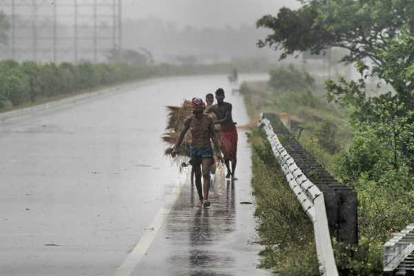 cyclone-fani-ec-relax-model-code-of-conduct-in-4-andhra-pradesh-districts-for-relief-work