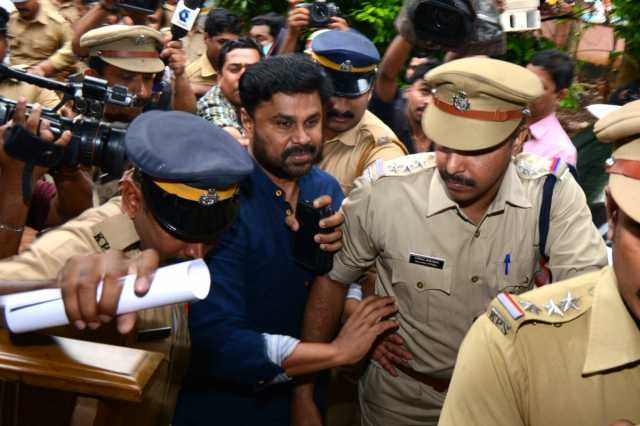 actress-assault-as-dileep-approaches-sc-kerala-govt-must-clarify-this-question