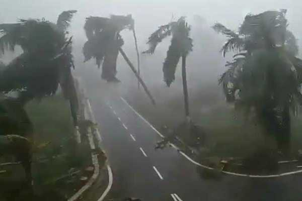 cyclone-fani-leaves-12-dead-in-odisha-relief-work-underway