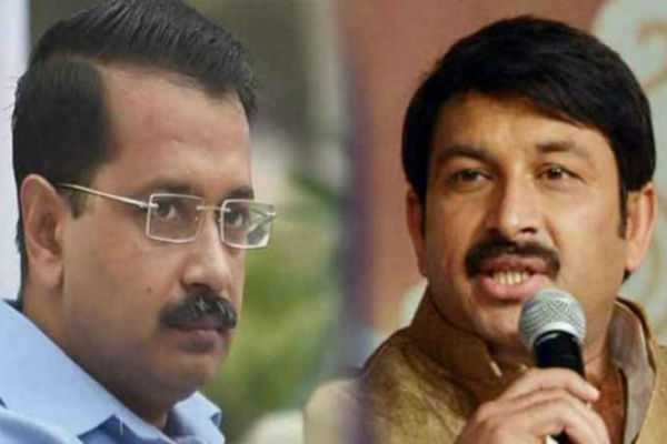 manoj-tiwari-hits-back-after-arvind-kejriwal-s-naachta-bahaut-remark