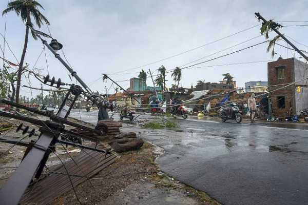 not-much-damage-by-cyclone-fani-in-bengal