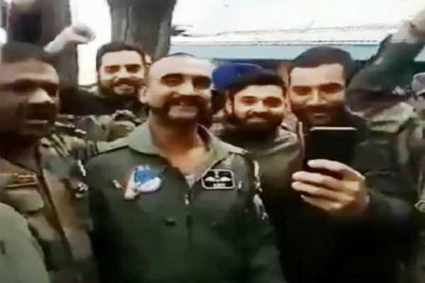 iaf-pilot-abhinandan-varthaman-poses-for-selfies-with-colleagues