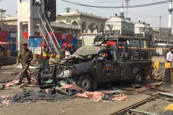 eight-killed-several-injured-in-a-blast-near-a-major-sufi-shrine-in-pakistan-s-lahore