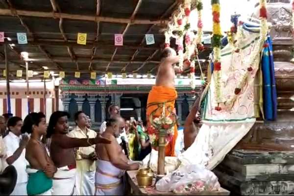 hundred-years-later-the-vaikashi-festival-in-temple