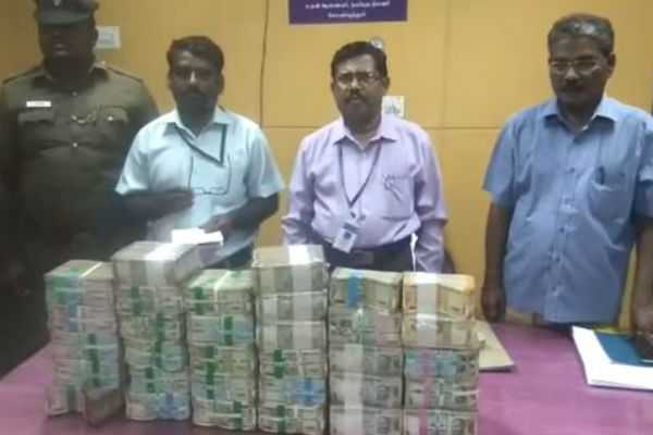 one-billion-rupees-confiscated-in-coimbatore