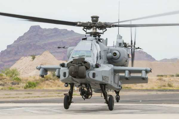 air-force-gets-its-first-apache-attack-helicopter-at-boeing-plant-in-us