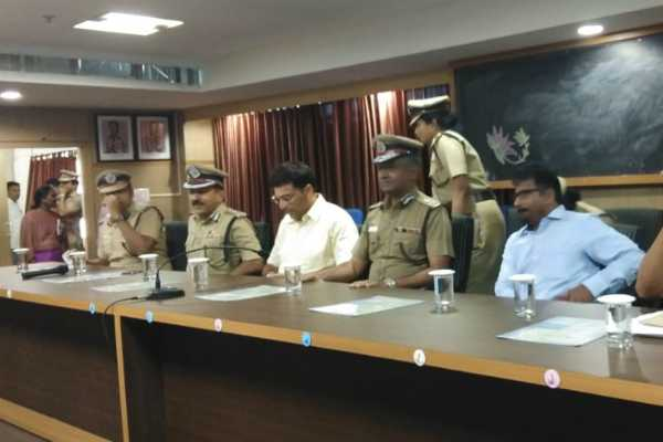 cctv-cameras-are-playing-major-role-to-find-convicts-ak-viswanathan