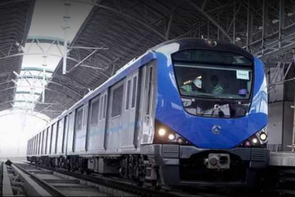 metro-rail-service-impact-passengers-suffer