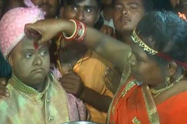 this-gujarat-man-had-a-lavish-wedding-but-no-bride