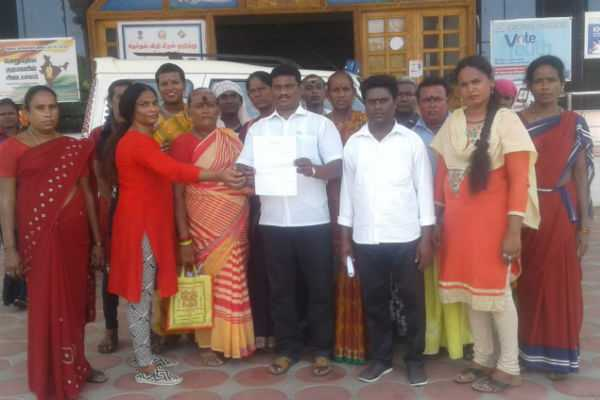 petition-to-the-district-collector-by-transgender-in-trichy