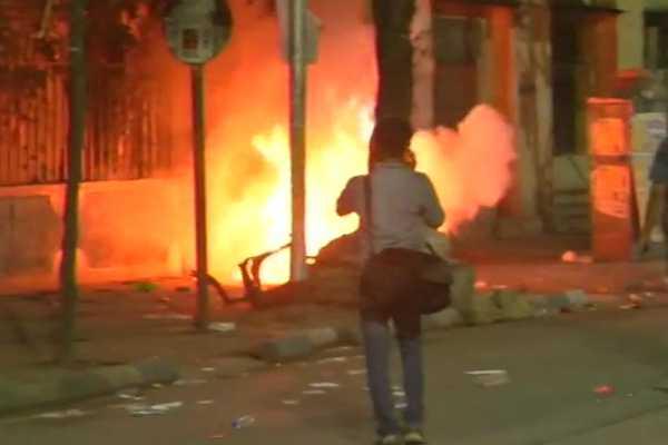bjp-rally-in-kolkata-violence-at-amit-shah-s-roadshow