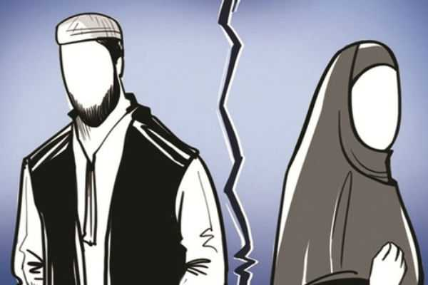 the-32-year-old-woman-seeks-to-declare-the-talaq-issued-by-her-husband-as-illegal