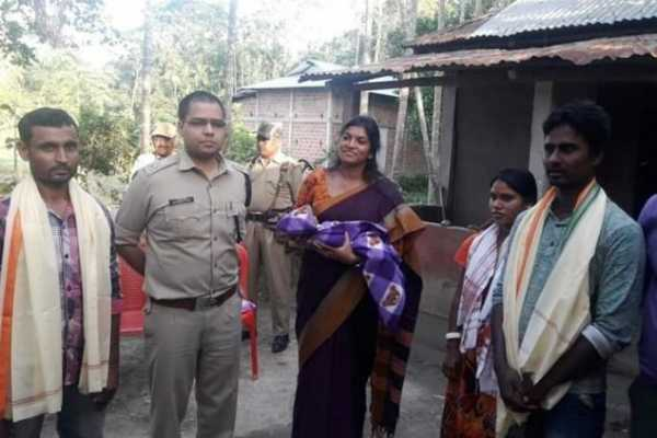 muslim-auto-driver-takes-pregnant-hindu-woman-to-hospital-disobeys-curfew-in-assam