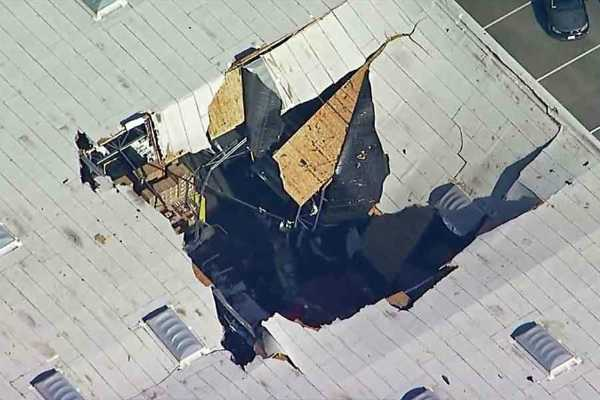 f-16-crash-pilot-ejects-to-safety-as-fighter-jet-crashes-into-california-building