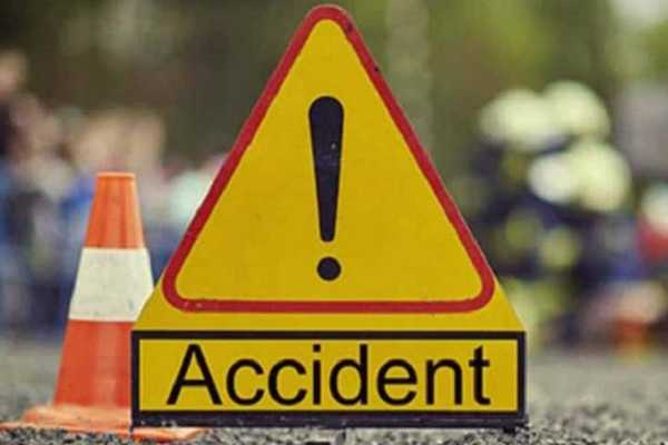 bus-crash-on-auto-two-women-dead