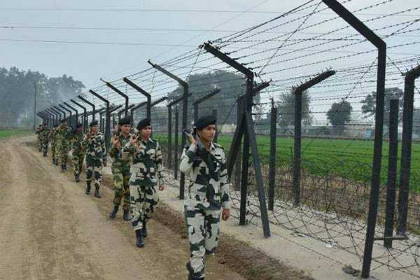 5-detained-near-indo-pak-border-under-suspicious-circumstances