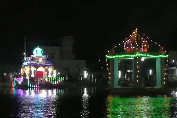 erumbeeswarar-temple-festival