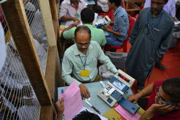 3rd-round-vote-counting-stopped-in-north-chennai