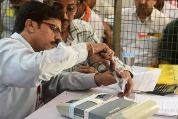vote-counting-stopped-in-perambur