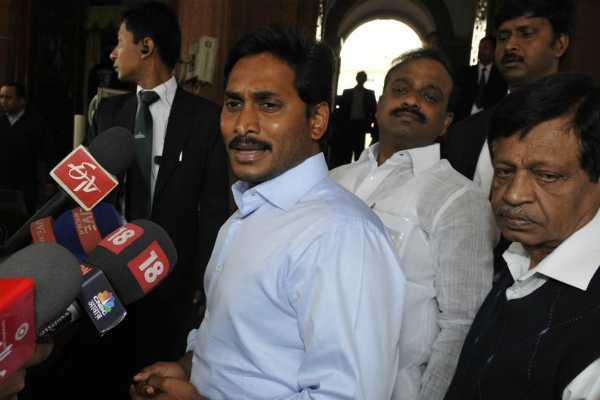 ysrcp-chief-jaganmohan-reddy-to-meet-andhra-pradesh-telangana-governor-esl-narasimhan
