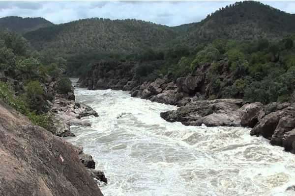 tamil-nadu-government-decided-to-oppose-the-construction-of-the-dam-in-meghatadavu