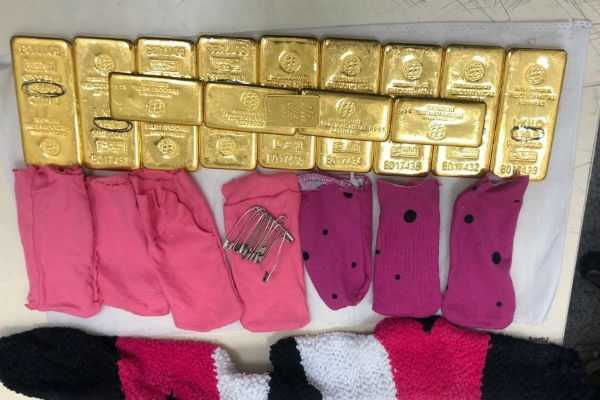 hyderabad-directorate-of-revenue-intelligence-dri-today-seized-11-1-kg-gold-worth-rs-3-63-52-500-from-a-woman-passenger-at-rajiv-gandhi-international-airport-and-rs-1-5-crore-worth-of-foreign-currency-from-the-hotel-the-woman-was-staying-in