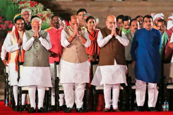 discussion-with-newly-elected-ministers-by-pm-modi
