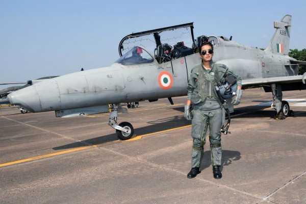 flight-lieutenant-mohana-singh-has-become-the-first-woman-fighter-pilot