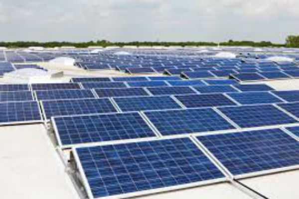 solar-panel-in-mp-village-by-iit-mumbai-students