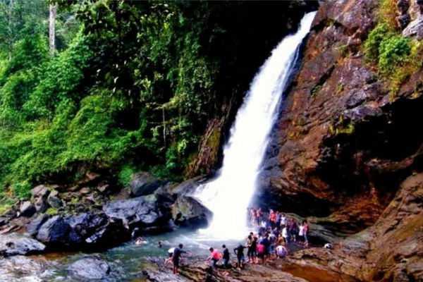 soochiparai-falls-special-story