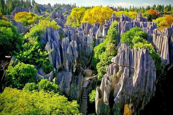 stone-forest-in-china