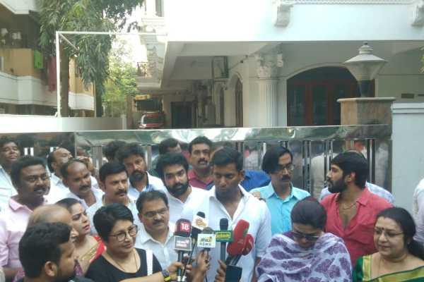election-of-actor-s-association-actor-bhagyaraj-contest-against-nassar