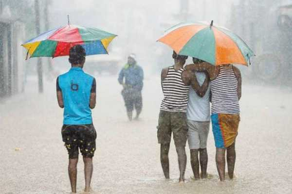 a-week-late-but-monsoon-finally-hits-kerala
