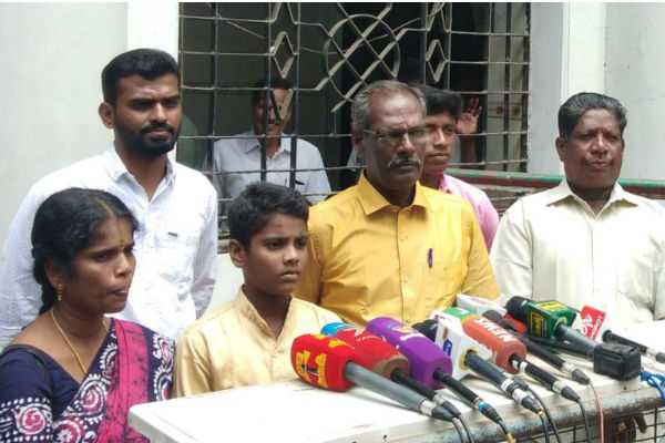 nel-jayaraman-family-thanked-to-the-chief-minister
