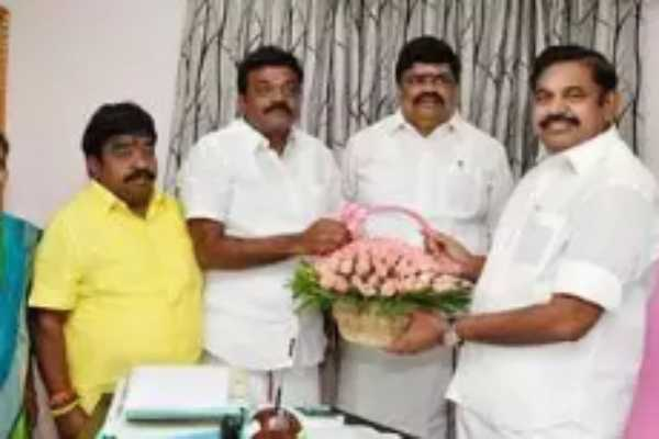 former-minister-joined-the-aiadmk