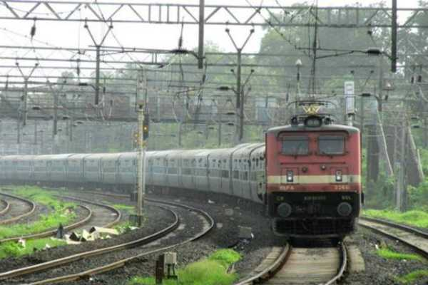 extreme-heat-kills-4-passengers-onboard-kerala-express-one-hospitalised-in-up-s-jhansi