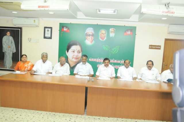 admk-meeting-held-in-chennai
