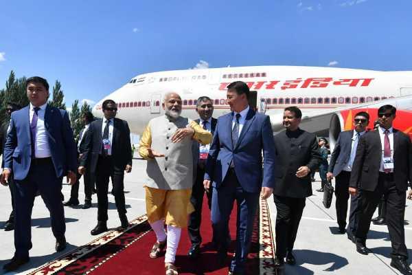 pm-modi-reached-kyrkyzstan-for-sco-summit