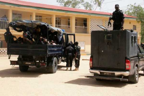 30-dead-in-nigeria-triple-suicide-bombing